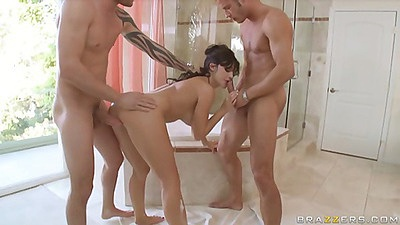 Aletta double penetrated in he bathroom