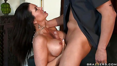Raquel gives an amaizing titty fuck and then humps on cock