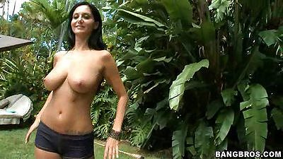 Ava Addams oh fuck that sexy smooth body skin