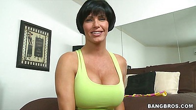 Big tits milf Shay Fox in a sports bra
