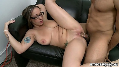 Busty all natural Jasmin spreading shaved pussy and doggy fuck