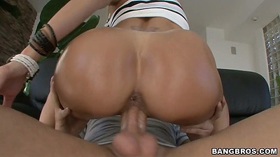 Cowgirl from oiled up big round ass Brandi Love and doggy style sex