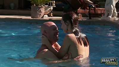 Cheerleader auditions with Maryjane Johnson fucked in the pool